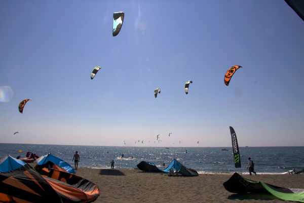 Rent apartments in l'Estartit: kitesurfing