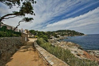 "What to do in Estartit? The ""camí de ronda"" path"