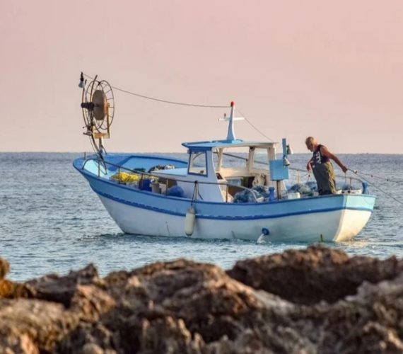 The day to day life of an artisanal fisherman from l'Estartit – January 2021