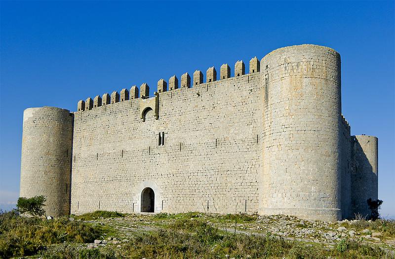 castillo-de-montgri